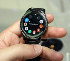 Full circle touch screen AMOLED display with a screen